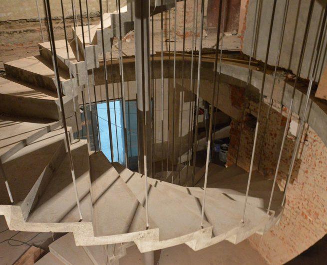 Винтовая лестница типа зеркальная киев