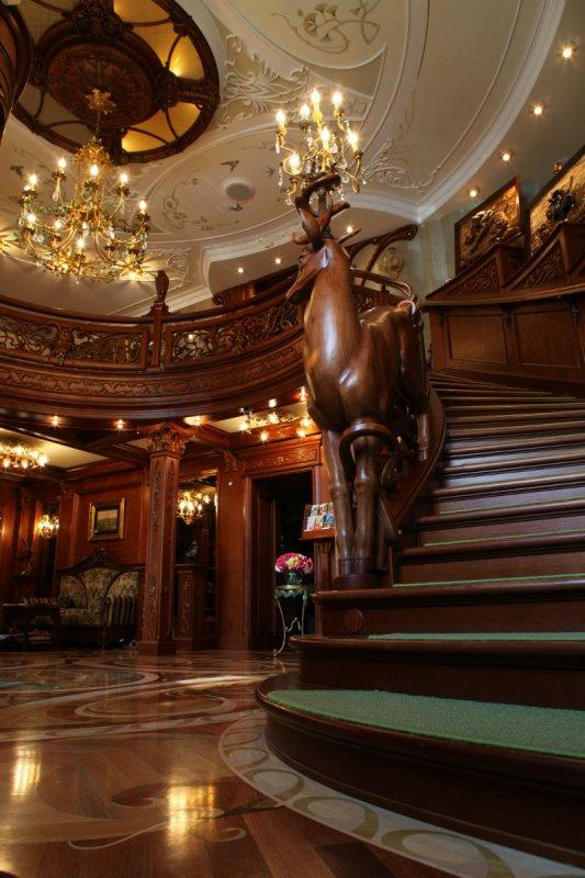 Бетонная лестница царского типа