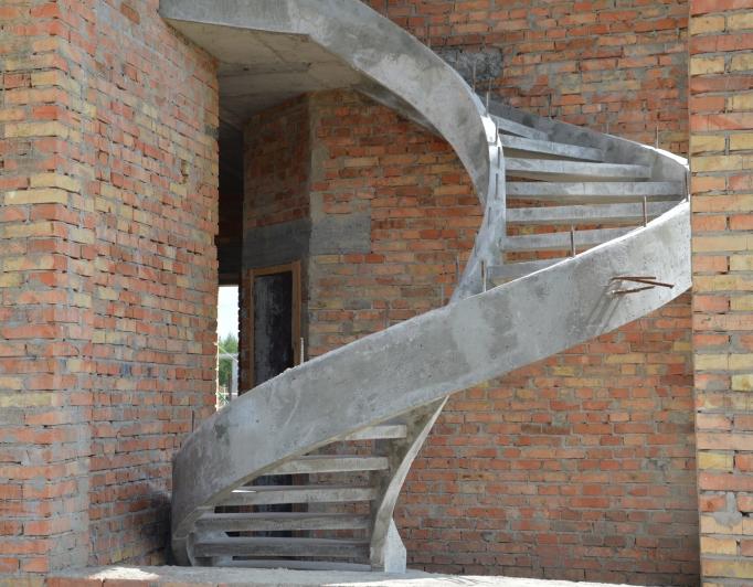 Самонесущая лестница