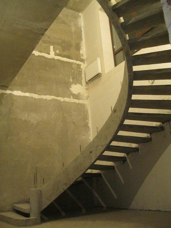 Однотетивная лестница киев