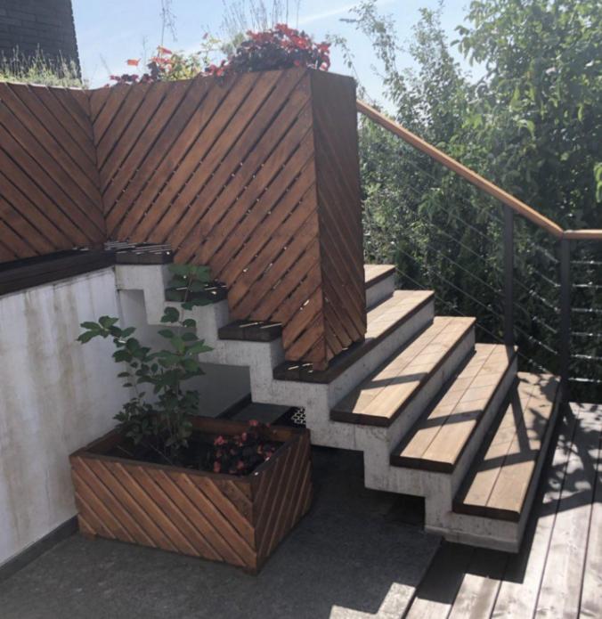 зеркальная бетонная лестница картинка киев