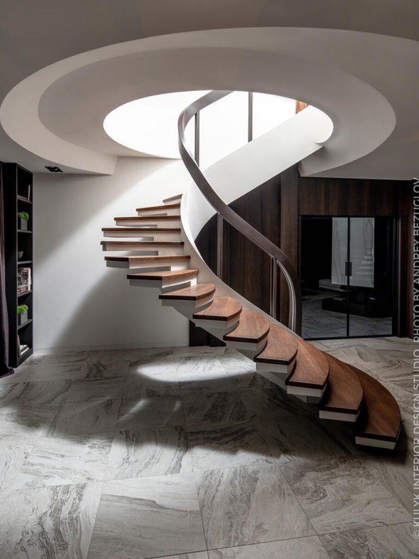 кргууглый проем для винтовой лестницы