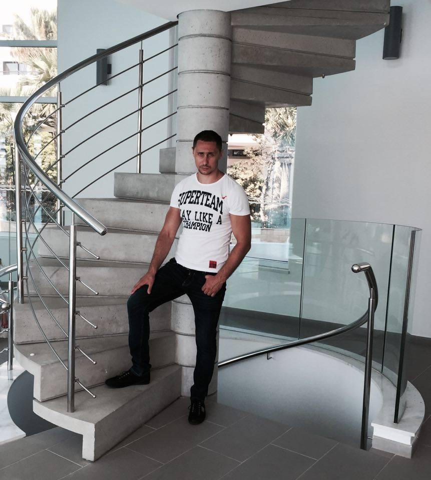 Декоративный бетон - винтовая лестница
