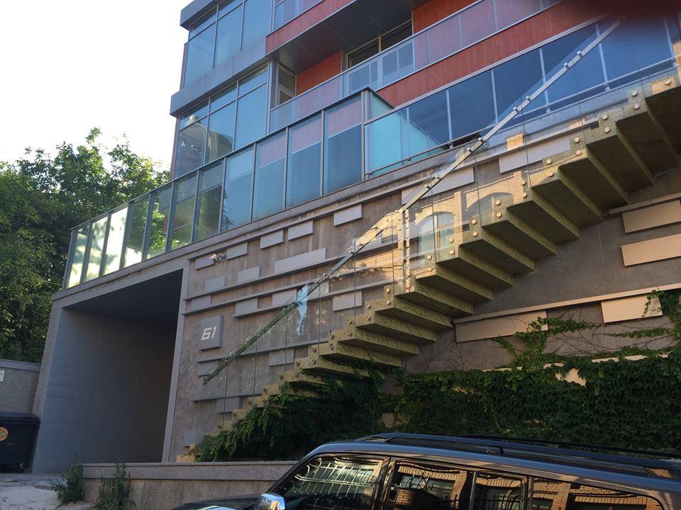 Консольная лестница - Декоративный бетон