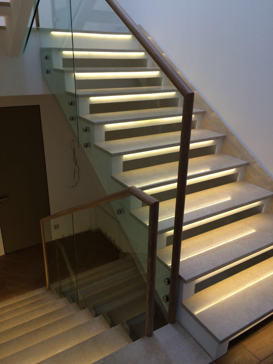 Бетонная лестница на тетиве