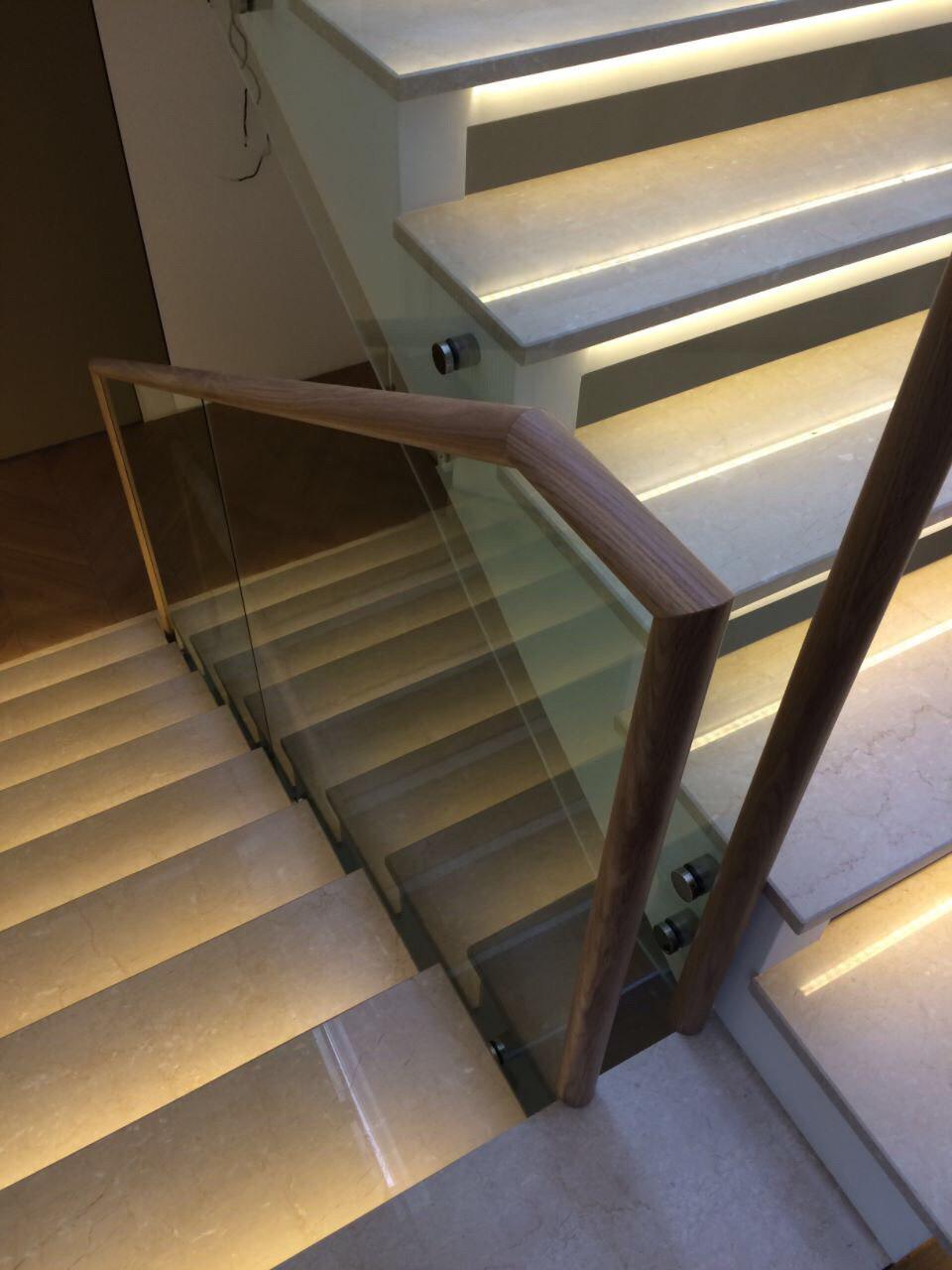 Тетивная комбинированная лестница
