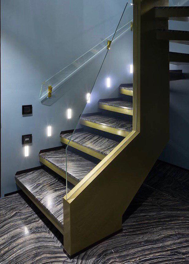 П-образная однотетивная лестница